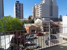 Foto Casa en Venta en  Capital ,  Neuquen  Alderete al 400