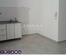 Foto Departamento en Alquiler en  Guemes,  Cordoba  Peredo al 400