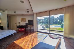 Foto Casa en Venta en  Yerba Buena ,  Tucumán  Nuevo Golf
