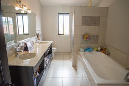 Foto Casa en condominio en Renta | Venta en  Piedades,  Santa Ana  Piedades de Santa Ana/ 460m2 de Terreno / Terraza