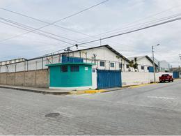 Foto Bodega en Alquiler en  Calderón,  Quito  Calderón - Marianitas, De Renta Complejo independiente de 4 Bodegas de 4000 m2 dentro de un terreno de 5350 m2