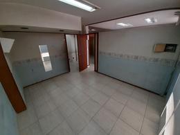 Foto Oficina en Venta en  Moron Norte,  Moron  Larralde al 800