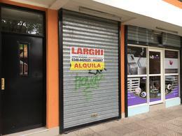 Foto Local en Alquiler en  Esc.-Centro,  Belen De Escobar  Hipolito Irigoyen 845 - Local 2
