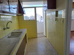 Foto Apartamento en Alquiler en  Parque Batlle ,  Montevideo  Apartamento de 2 dormitorios en alquiler en Parque Batlle