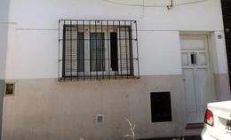Foto Casa en Venta en  Ciudadela,  Tres De Febrero  Chacabuco al 400