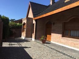 Foto Casa en Venta en  Esc.-Centro,  Belen De Escobar  Hipólito Yrigoyen 770