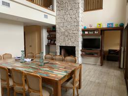 Foto Casa en Venta en  Saint Thomas,  Countries/B.Cerrado (E. Echeverría)  Venta - Casa en Saint Thomas - Canning