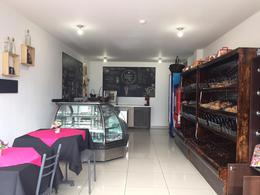 Foto Local Comercial en Venta en  Ponceano,  Quito  LOCAL SANTA LUCIA