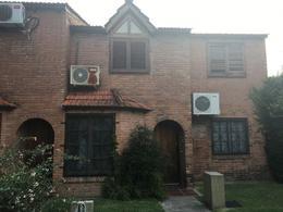 Foto thumbnail Casa en Venta en  Temperley,  Lomas De Zamora  JACINTO ROSSO 34