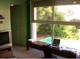 Foto Casa en Alquiler en  La Lucila,  Vicente Lopez  Importante  propiedad sobre 800m2 de terreno   Cap. Bermúdez al 400   La Lucila
