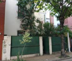 Foto Casa en Venta en  Flores ,  Capital Federal  Pasaje Espartaco al 700