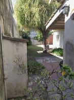 Foto Casa en Venta en  Castelar Sur,  Castelar  Capdevila al 1600