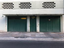 Foto Cochera en Venta en  Olivos-Vias/Rio,  Olivos  Sturiza al 400