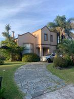 Foto Casa en Venta en  Country El Paraíso,  Guernica  CALLE 21 Y AV. 33