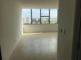 Foto Oficina en Venta en  Estudios del Intercontinental,  Wyndham Hotel  Studios del Wyndham