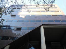 Foto thumbnail Edificio Comercial en Alquiler en  Centro ,  Capital Federal  Esmeralda 100