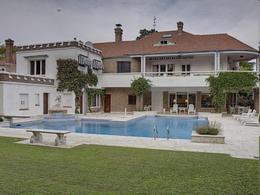Casa en Acassuso- Venta