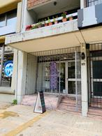 Foto Local en Alquiler en  Centro (Montevideo),  Montevideo  Centro (Montevideo)