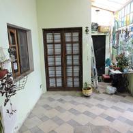 Foto Casa en Venta en  Moron Sur,  Moron  Padre Castañer al 1300