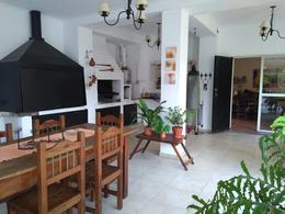 Foto Casa en Venta en  Yerba Buena ,  Tucumán  Importante casa en venta - Yerba Buena