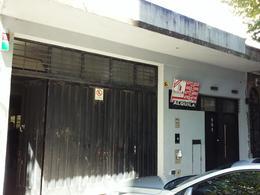 Foto Local en Alquiler | Venta en  Villa Crespo ,  Capital Federal  Araoz al 900