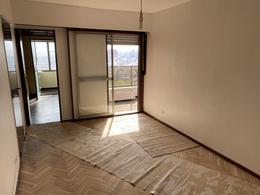 Foto Departamento en Venta en  Villa Devoto ,  Capital Federal  MERCEDES al 4500