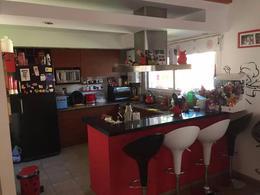 Foto thumbnail Casa en Venta en  Barrio Parque Leloir,  Ituzaingo  Chiripa al 1300