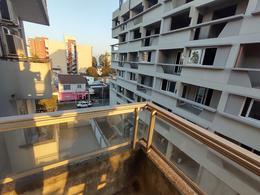 Foto Departamento en Venta en  Esc.-Centro,  Belen De Escobar  Moreno 810, 4°C