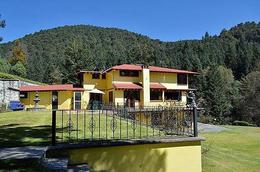 Foto Casa en Venta en  Santa María Mazatla,  Jilotzingo  SKG Vende Casa en Zona Boscosa de Jilotzingo, Estado de México