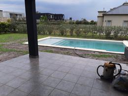 Foto Casa en Venta en  Los Naranjos,  Countries/B.Cerrado (E. Echeverría)  Los Naranjos apto credito hipotecario venta con renta
