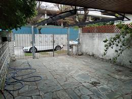 Foto Casa en Venta en  Mart.-Fleming/Panam.,  Martinez  ENTRE RIOS al 2400