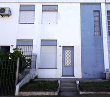 Foto Apartamento en Venta en  Colonia del Sacramento ,  Colonia  Duplex de 2 dormitorios, ubicado en el centro a 300 metros del Puerto