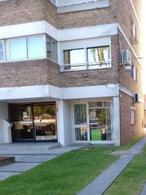 Foto Local en Venta | Alquiler en  Malvín ,  Montevideo  Estanislao Lopez y Legrand