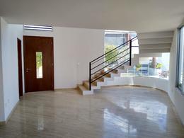 Foto Casa en Renta en  Pueblo Santa Clara Ocoyucan,  Ocoyucan  CASA EN RENTA EN LOMAS DE ANGELOPOLIS III, PARQUE GUANAJUATO