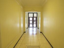 Foto Apartamento en Alquiler en  Centro (Montevideo),  Montevideo  Cerro Largo esq Rio Branco
