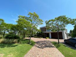 Foto Casa en Alquiler en  El Golf,  Nordelta  El Golf