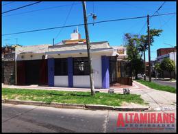 Foto Local en Alquiler en  Chilavert,  Villa Ballester  Chacabuco esq. Mitre