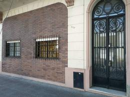 Foto Casa en Venta en  Parque Patricios ,  Capital Federal  Famatina al 3100