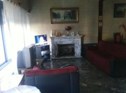Foto thumbnail Casa en Venta en  Castelar,  Moron  Cardoso al 3300