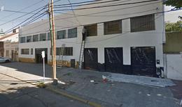 Foto Local en Alquiler en  Quilmes,  Quilmes  Hipolito Yrigoyen al 200