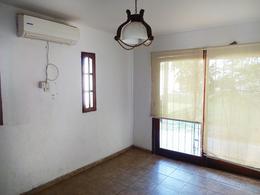 Foto thumbnail Casa en Venta en  General Pico,  Maraco  305 e/ 300 y 302