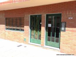 Foto Departamento en Alquiler en  Lanús Oeste,  Lanús  CAVOUR 3691