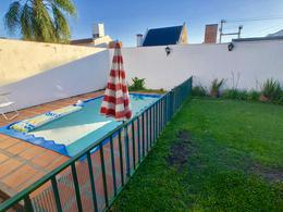 Foto thumbnail Casa en Venta en  Urca,  Cordoba  Jose Esteban Bustos al 1300
