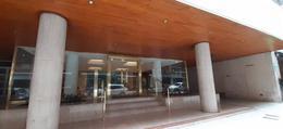 Foto Departamento en Venta en  Recoleta ,  Capital Federal  Av. Quintana 59