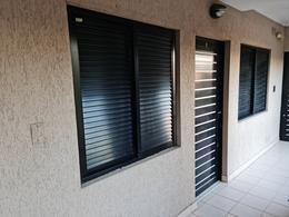 Foto Departamento en Alquiler en  Guadalupe,  Santa Fe  Dormitorios con placares, Estar con Aire Acondicionado, calefactor, cocina, extractor, baño con bañera.