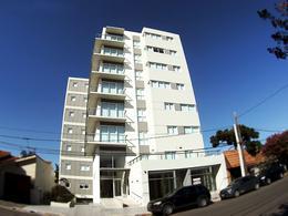 Foto Local en Alquiler en  General Pico,  Maraco  14 Nº 654 LOCAL 1