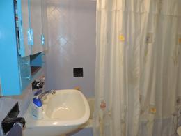 Foto Casa en Venta en  Lanús,  Lanús  Basavilbaso al 800
