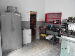 Foto Nave Industrial en Venta en  San Martin,  Cordoba  GUIDO al 700