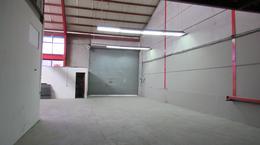 Foto Bodega Industrial en Venta en  Escazu,  Escazu  Bodegas en venta en Escazú!