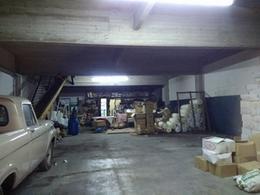 Foto Galpón en Venta | Alquiler en  Sarandi,  Avellaneda  O´Higgins 351